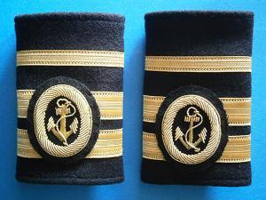 Galones de Segundo Oficial de Puente con Título de Capitán. Manguitos Blandos (Marina Mercante)
