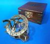 Cuadrante solar - brújula con caja de madera